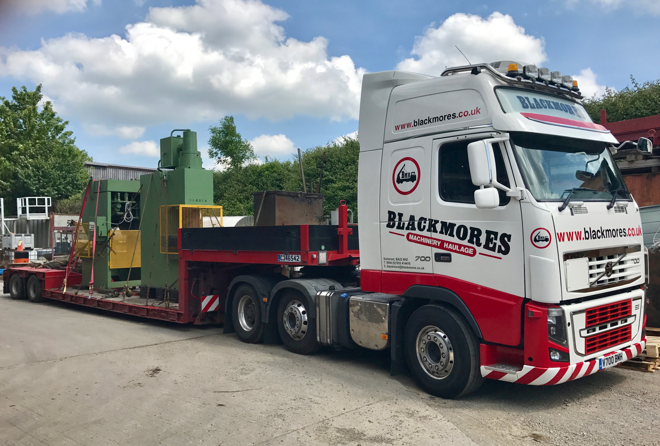 Blacmore Truck Extended Low trailer